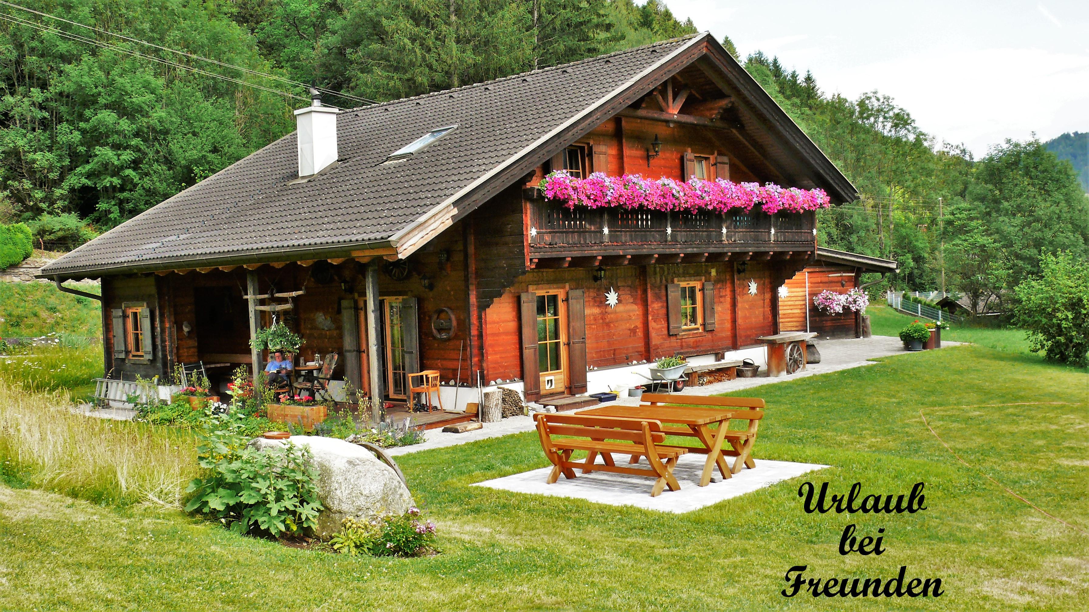 Holzblockhaus Sommer